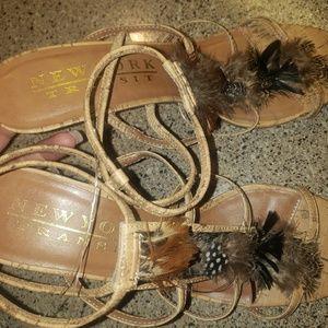 Womans shoes size 10m